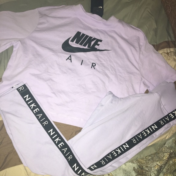 Nike Other - Nike Leggings Outfit